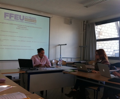 FFEU European Director Samia Hathroubi giving a lecture at EHESS National Institute of Social Sciences.