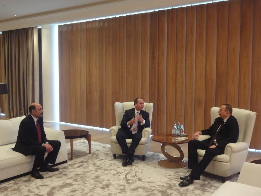 FFEU President Rabbi Marc Schneier meets with President of Azerbaijan Ilham Aliyev.