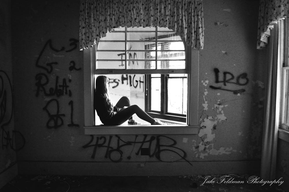 shannon window B&W.jpg