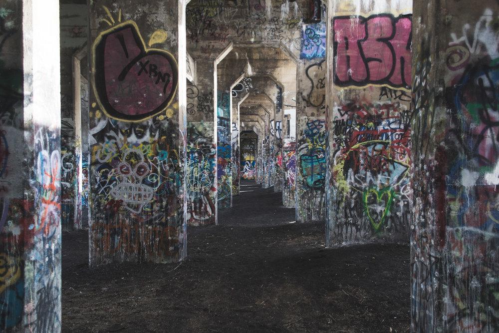 Grafitti Pier-2.jpg