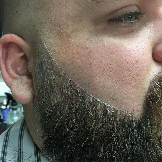 :: BEARD TRIM :: By @kyle.the.barber  Crisp line work  #barber #fade #beard #trim #barbershopconnect #barbershop  #barbering #suavecito #barbersinc #nationalfadeleauge #sodacity #southcarolina #fivepoints #Columbia