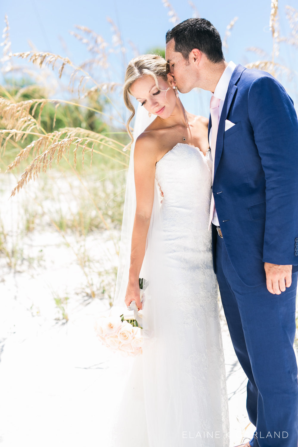 nautical-navy-blush-tampa-fl-wedding-11.jpg