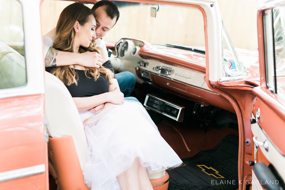 vintage-classic-car-tampa-fl-engagement-11.jpg