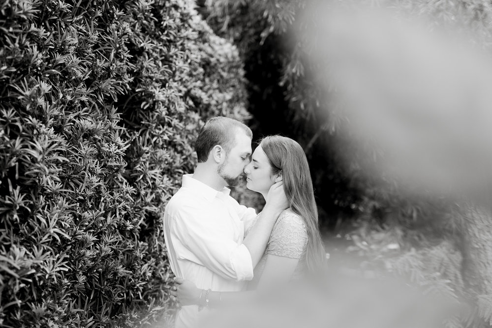 hollis-gardens-lakeland-fl-engagement-12.jpg