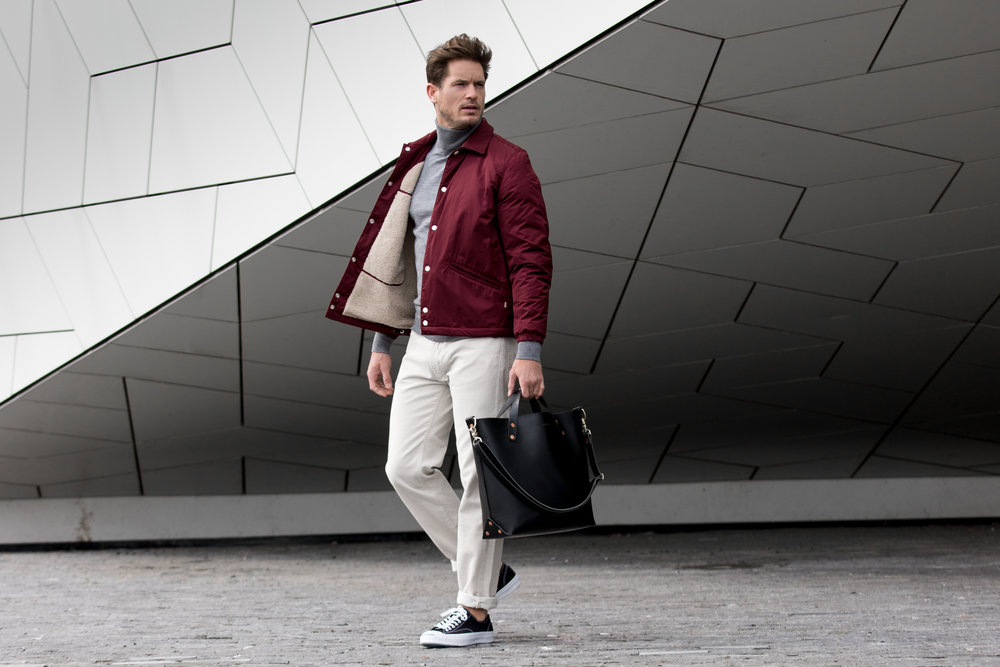 Bag: Dyemond Goods Leather bag //Jacket:  Bellerose LOWF jacket // Top:  Dilor knitted turtle neck //Pants:  Bellerose Peeg corduroy // Footwear: Converse Jack Purcell black canvas