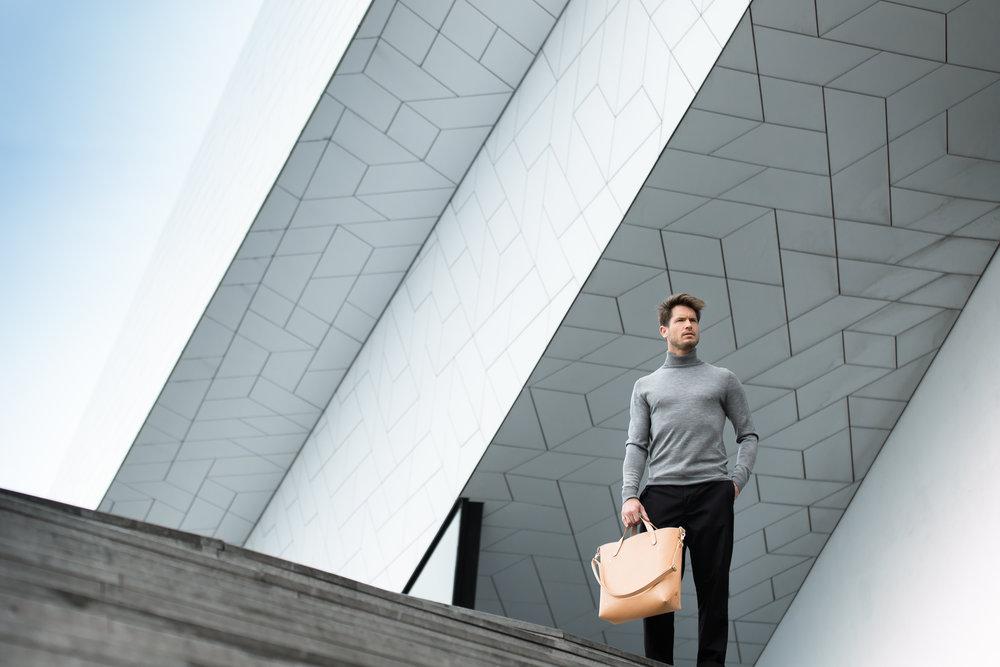 Bag: Dyemond Goods Leather bag//Top:  Dilor knitted turtle neck //Pants:  Bellerose Plano