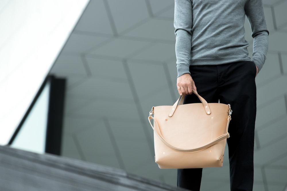 Bag: Dyemond Goods Leather bag //Top:  Dilor knitted turtle neck //Pants:  Bellerose Plano