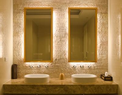 Spacious-Bathroom.jpg