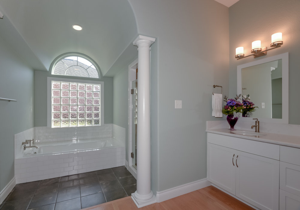 Bathroom remodel in Bryan / College Station, by Stearns Design Build. Very open, and deceivingly big.