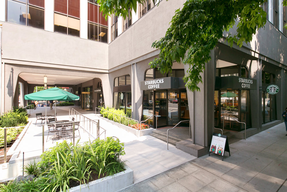 For Lease | Plaza 600 Building Seattle - Starbucks