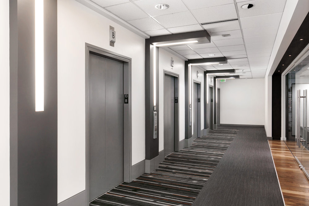 For Lease | Plaza 600 Building Seattle - Elevator Lobby