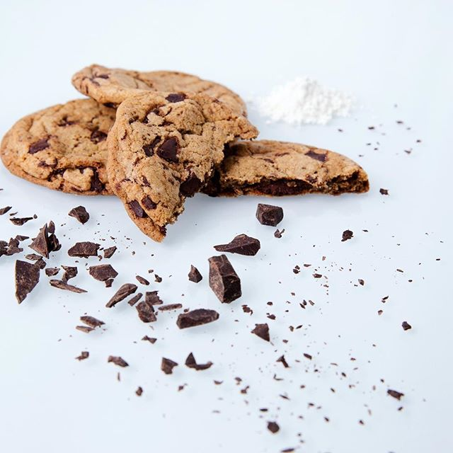 Organic chocolate chip cookies are the best!! Crispy, so delicious and baked daily. Try them today! 🍪🍪🍪