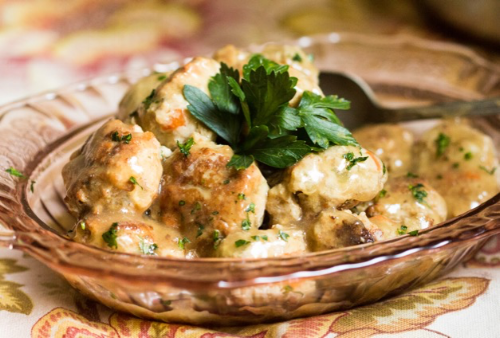 Turkey meatballs 5125b.png
