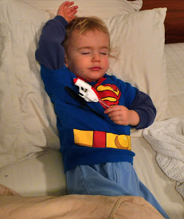 Nothing says tired like a crashed-out kid. To bad its not me!