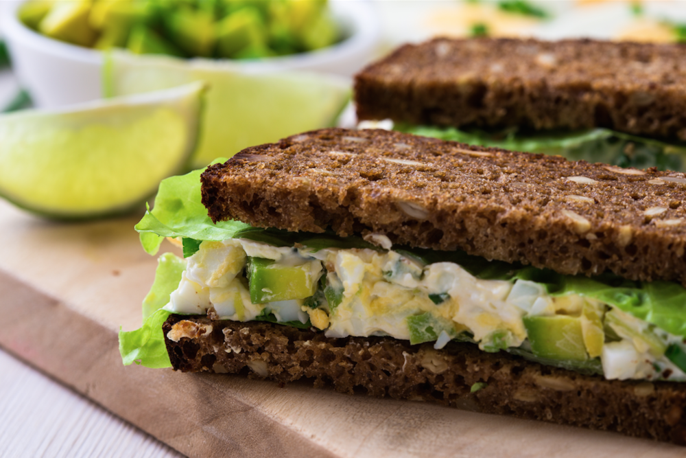 avocado egg sandwich_small