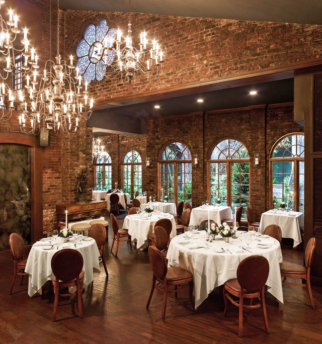 How Significantly Does Restaurant Lighting Affect The Meal