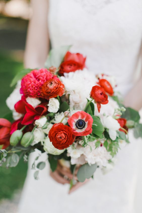 10 Bouquets to inspire your Valentine's Day Wedding | AleekaEvents.co.uk