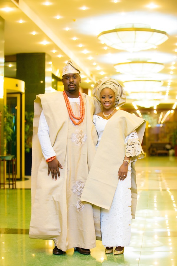 The Traditional Clothing of a Nigerian Yoruba Bride and Groom (Aso Oke) |Aleeka Events: Wedding and Event Planner & Stylist | UK and London |Photography – Demi O Photography | http://aleekaevents.co.uk/blog/the-traditional-clothing-of-a-nigerian-yoruba-bride-and-groom-aso-oke
