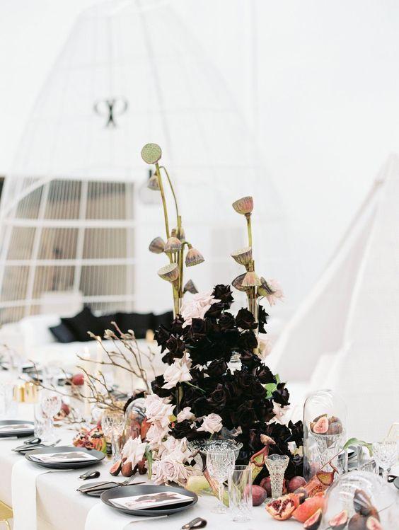 unique sculptural floral design.jpg