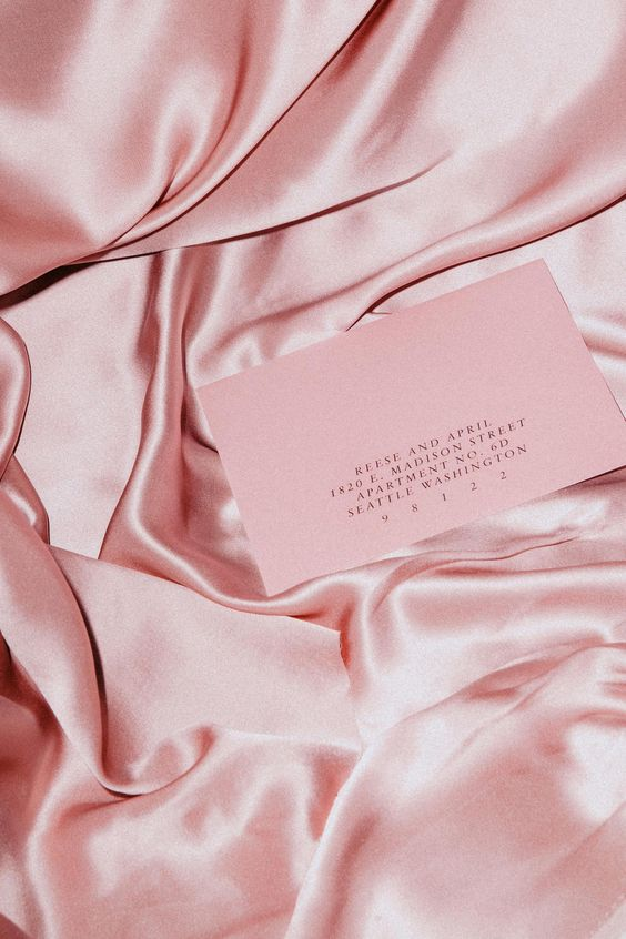 goodsgang-modern-pink-invitations