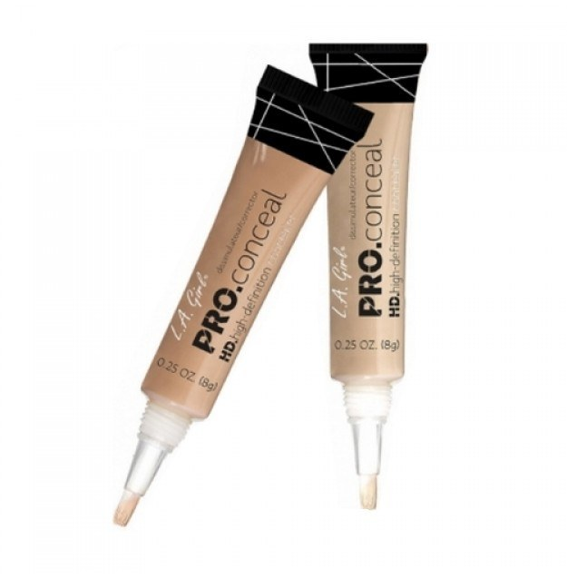 LA Girl Pro Conceal Porcelain.  A little goes a long way with this concealer. It's ideal for tiding up the brows, and adding that finishing touch.