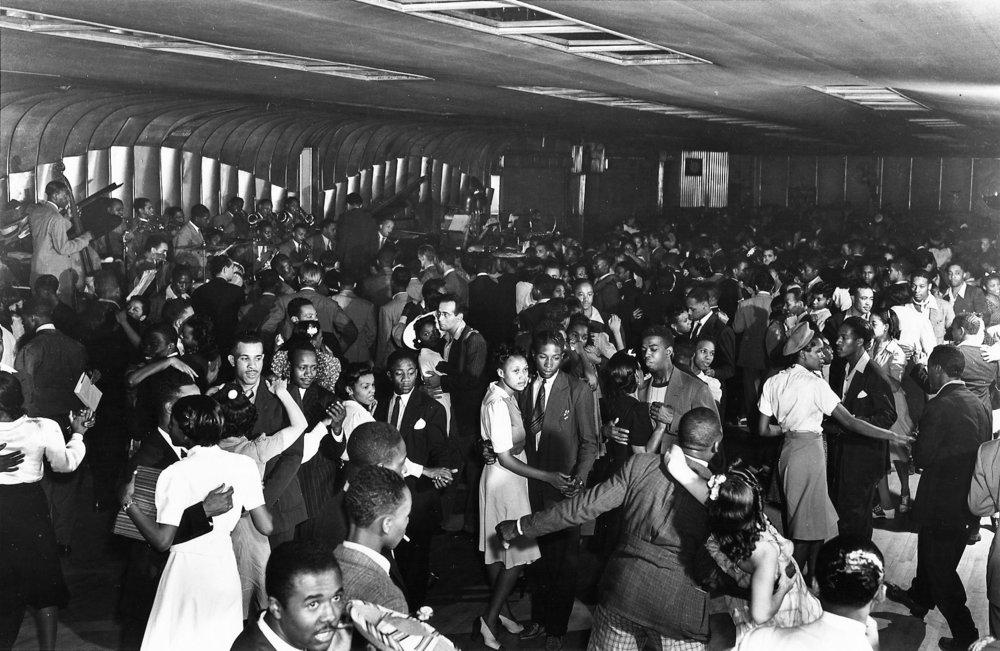 Savoy Ballroom, 1941.