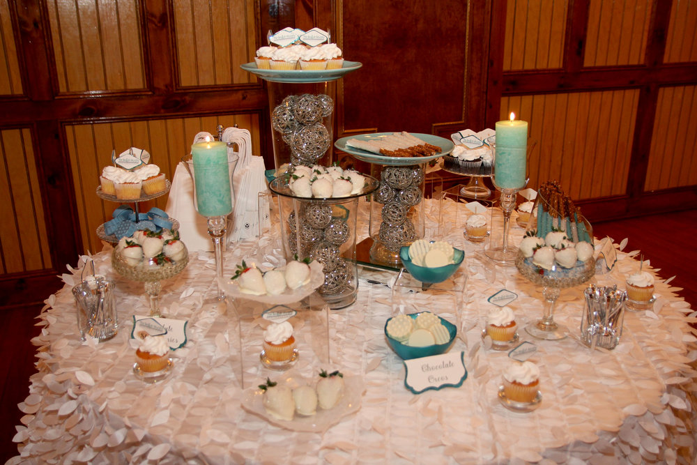 blue-and-white-candy-bar