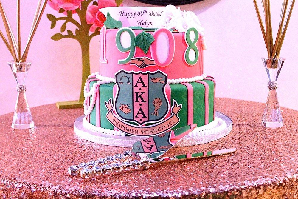 alpha-kappa-alpha-cake