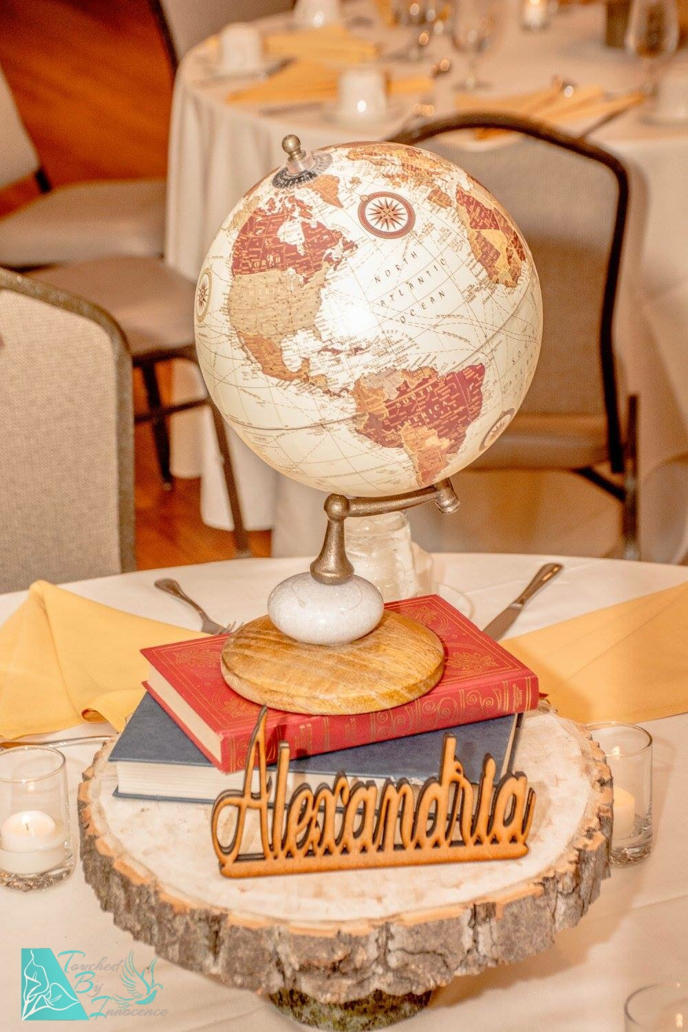 vintage-traveller-wood-globe-centerpiece