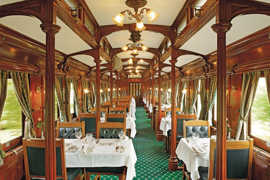 dam-images-travel-2015-luxury-trains-luxury-trains-06.jpg