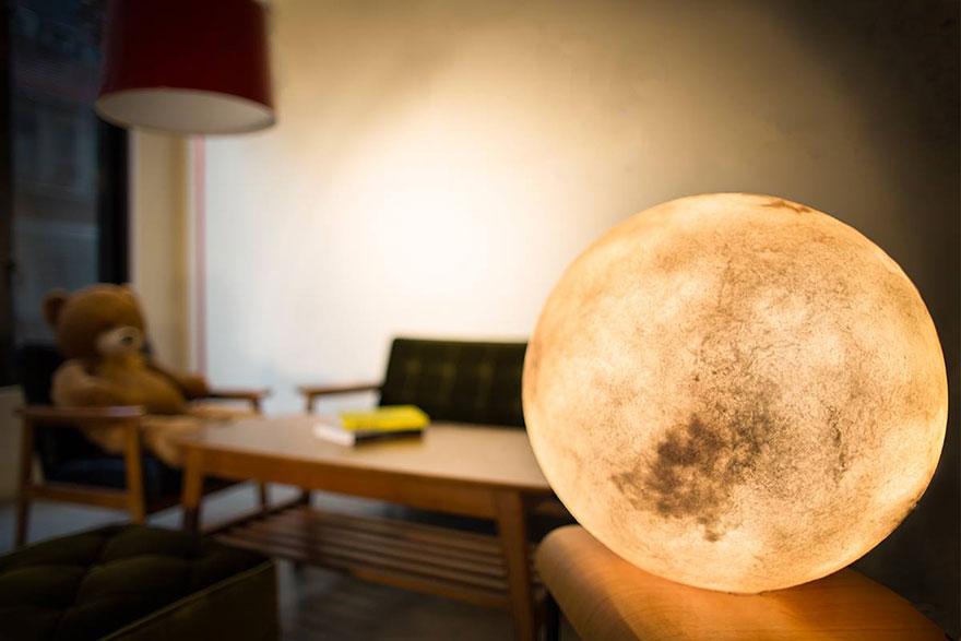 moon-lamp-luna-acorn-studio-1.jpg