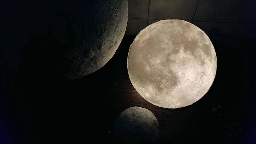 moon-lamp-luna-acorn-studio-4.jpg