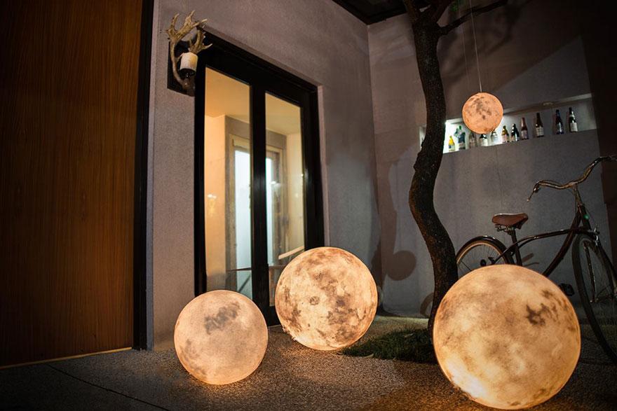 moon-lamp-luna-acorn-studio-2.jpg