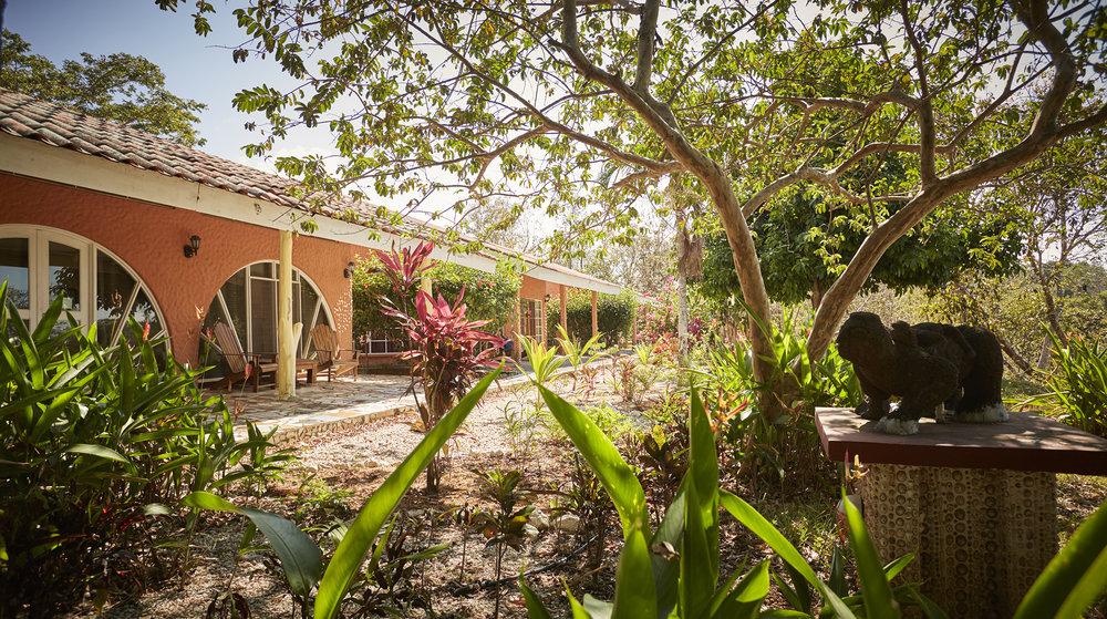 Rayos_Del_Sol_Costa_Rica_PA-RT_casitas.jpg