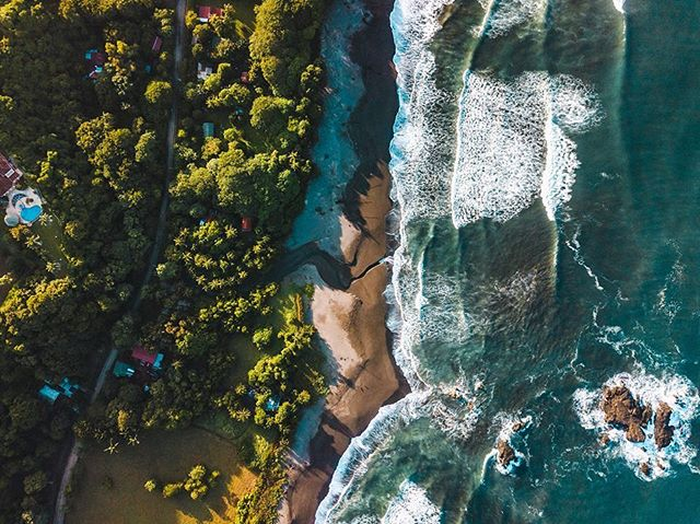 Thankful for this earth and the sea and for all that nature gives us each and every day. We are in constant gratitude for life on this beautiful planet 🌎 Epic drone shot of Ostional Beach by @jtsuhar #thanksgiving #grateful