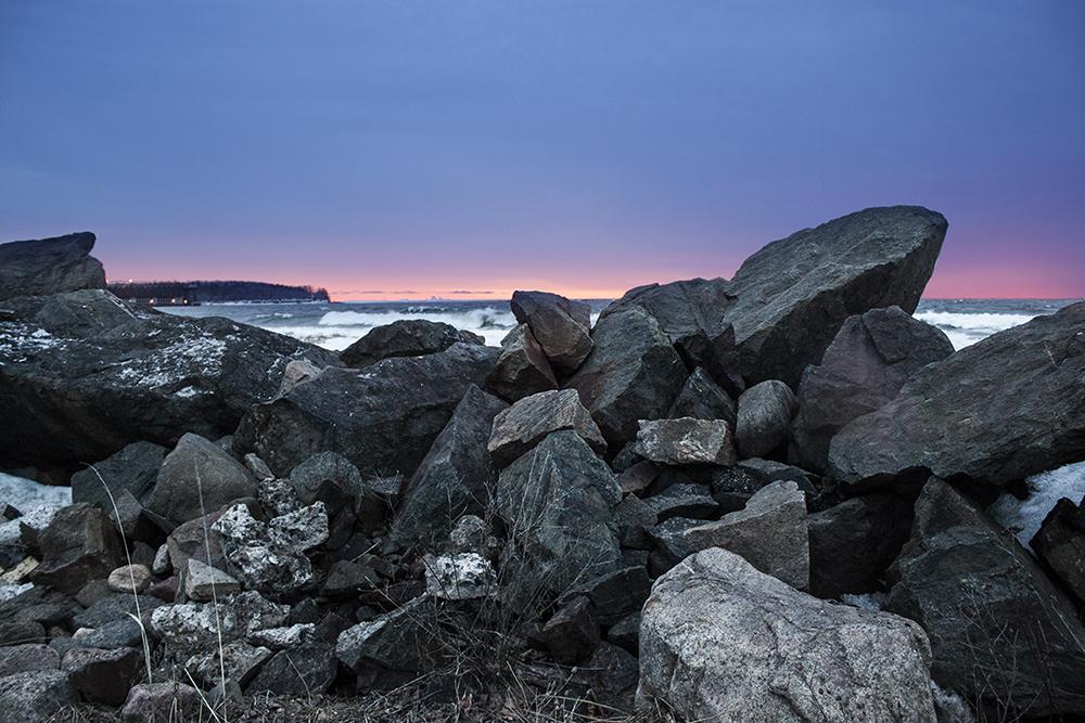 dawn_lakeshore.jpg