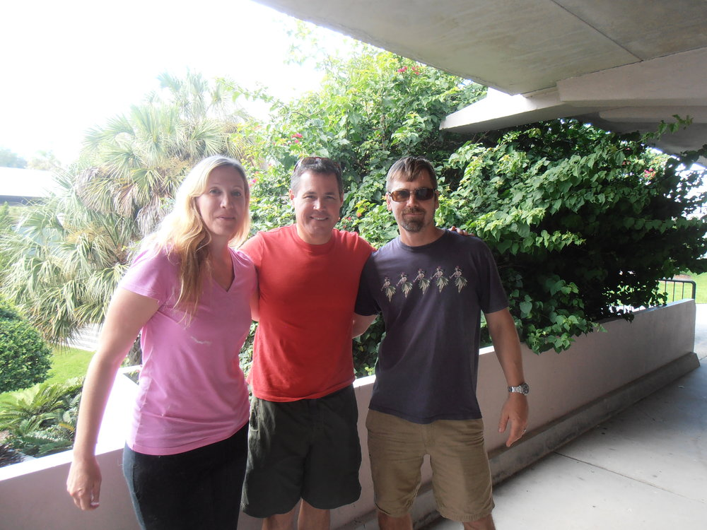 Amy and Dave Bassett with Jeff Corwin at his event in Tampa FL with Russian domesticated foxes - Jeff Corwinevent in Tampa FL with Russian domesticated foxes.
