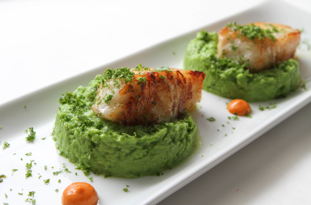 Chillean Sea Bass Pea Puree-1.jpg
