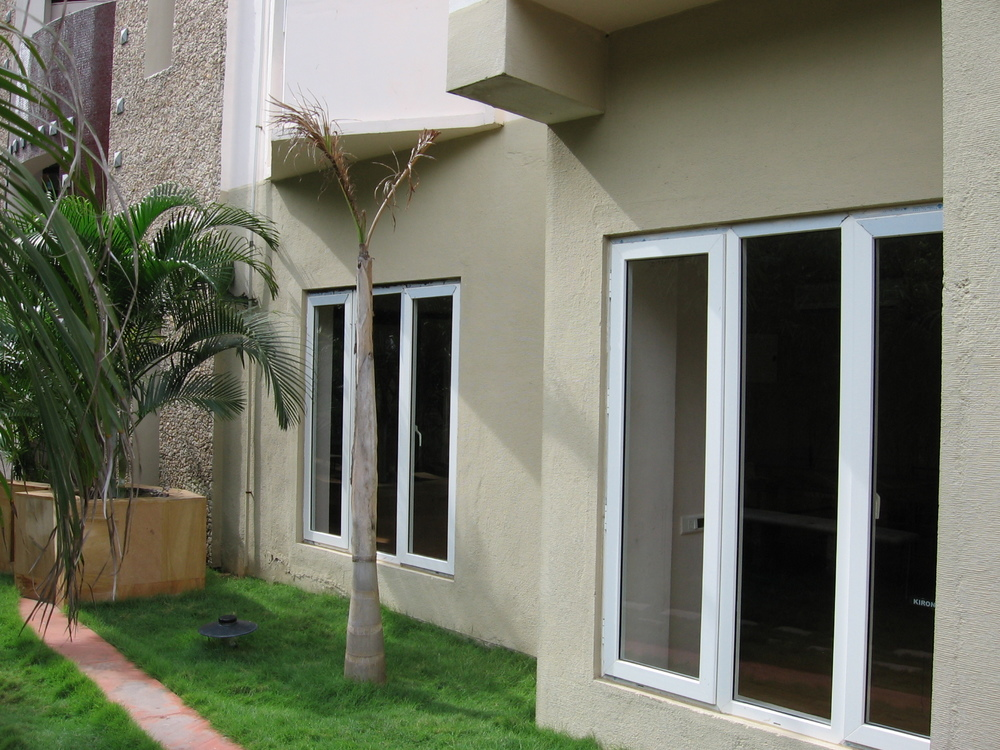 Upvc windows upvc doors upvc windows and doors in for Upvc french doors india