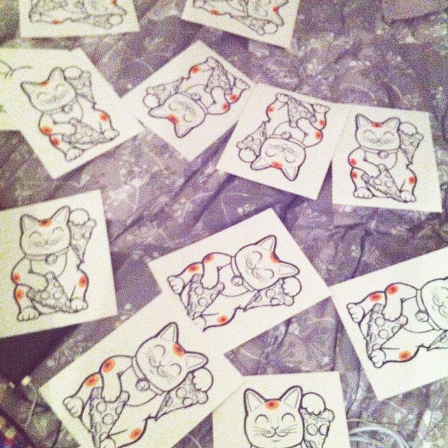This is getting ridiculous…   Hand finishing all these maneki-pizza-nekos is taking an eternity.  (at My Bedroom Fantasies)