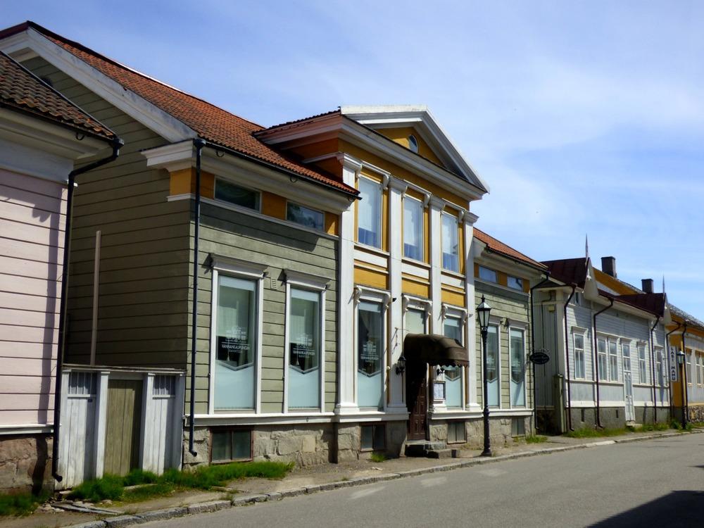 Vanhankaupungin Ravintola & Majatalo sijaitsee vanhassa lasimestarin talossa.