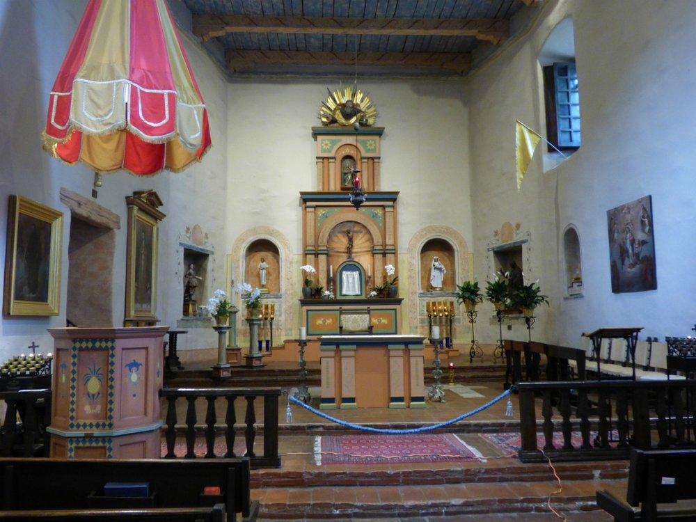 Nykyinen kirkko.