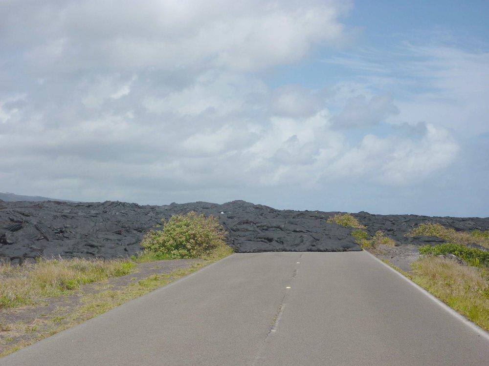 Tie Kalapanan kylään oli poikki jo vuonna 2012 kun vierailimme Big Islandilla ensimmäisen kerran.