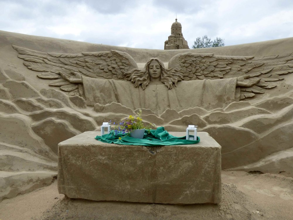 Every sand castle should have a chapel, don't you think?