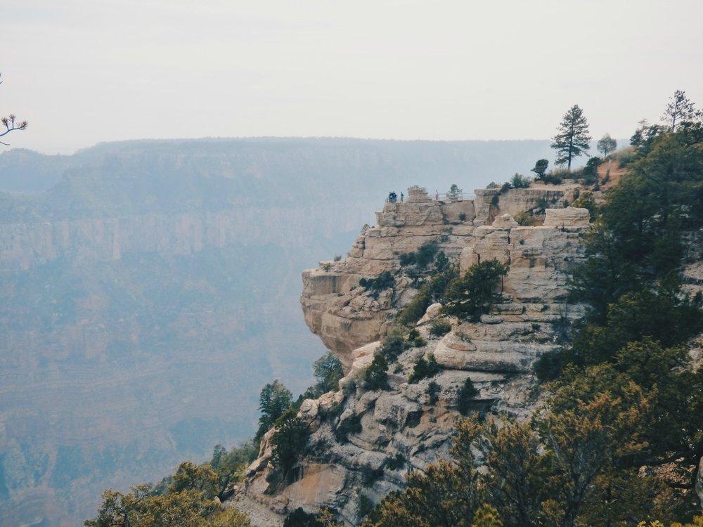 Näin savuista oli Grand Canyonilla kun siellä viimeksi oltiin, kiitos metsäpalojen! Joten on kiva päästä takaisin ja toivottavasti auringon kera.