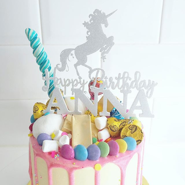 The unicorn trend still going strong! Charge ahead unicorns! You are so loved! • Shown here is our Unicorn Caketopper in silver glitter. Standard caketoppers all measure 12cm wide, perfectly suited for cakes of all sizes • Shop our website https://www.littledaysshop.com/caketoppers/ to see the rest of the designs we have in store 🌠 • • • #unicornlove #caketopper #personalizedcaketopper #personalization #partyidea #partytheme #partytime #kidsparty #babyshower #glitter #wood #mirror #funtime #cakeart #cakedesign #customdesign #cakedecorating #custommade #cake #birthday #birthdayparty #personalized # personalizedpartyfavors #momslife #kidsparty #love #littledaysshop