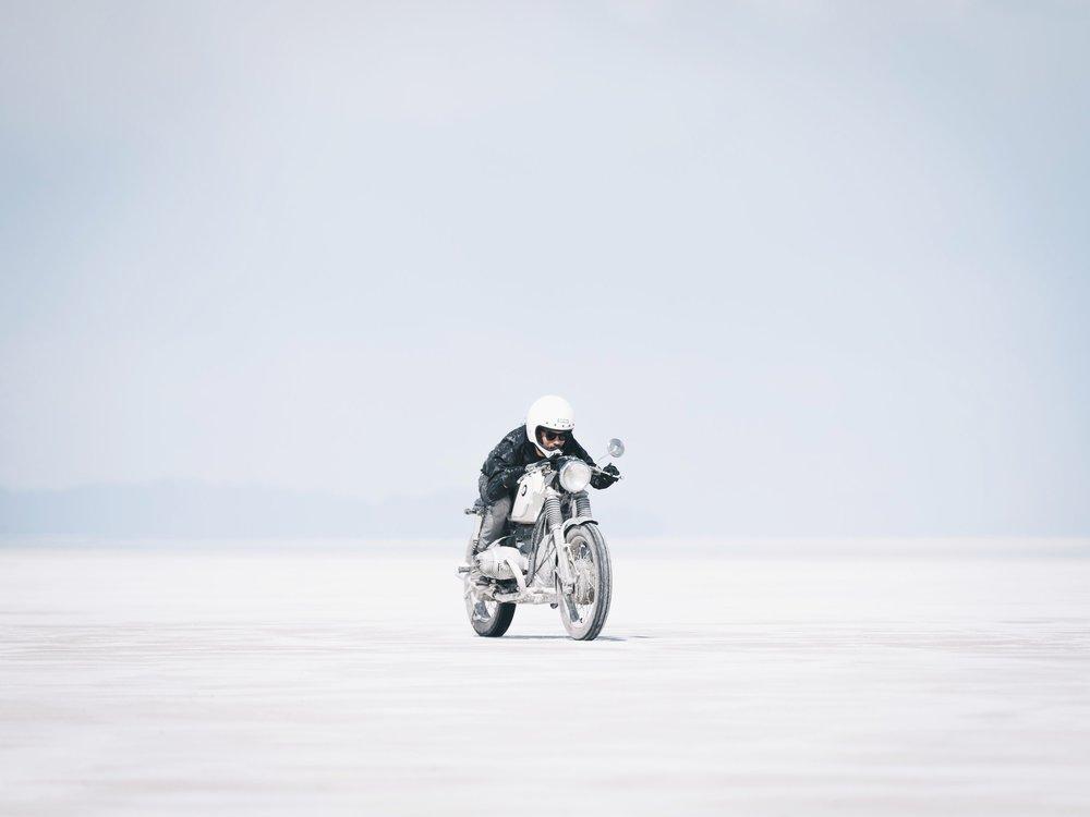 Jason zipping around on his 1973 BMW R75   |5.29.18| Bonneville Salt Flats, Utah