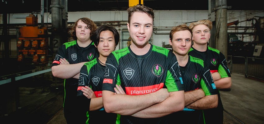 Team Captain Tom 'Tomolomu' Morgan and the Tainted Minds SMITE team.