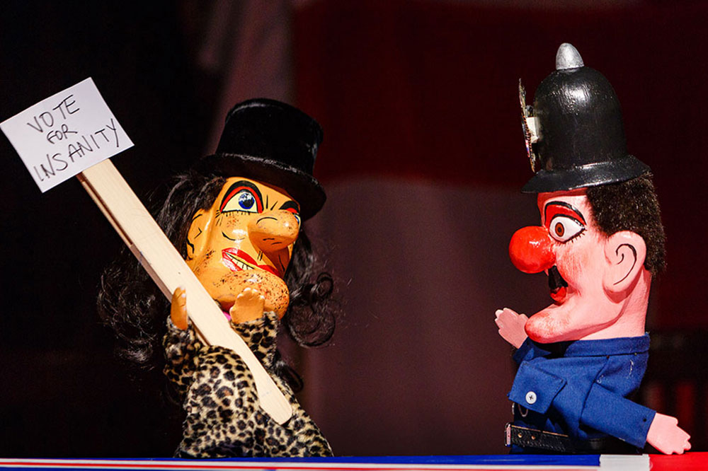 Monster-Raving-Loony_Punch-&-Judy_Credit-Steve-Tanner.jpg