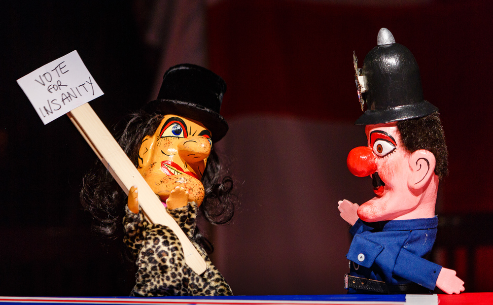 Monster Raving Loony_Punch & Judy_Credit Steve Tanner.jpg
